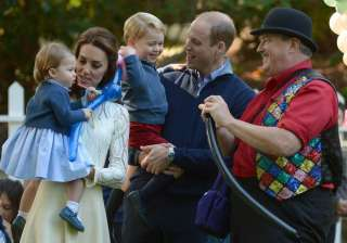 One-year-old little Princess Charlotte, Prince George and their parents, Prince William and Kate Middleton were seen thoroughly enjoying themselves with balloons and magic bubbles.