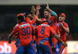 Gujarat Lions beat Bangalore by 7 wickets