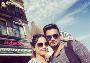 Hina Khan aka 'Akshara' spotted with her boyfriend,- India Tv