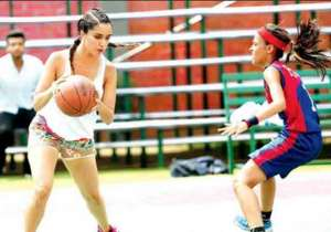 Shraddha Kapoor stuns as basketball player in the first look- India Tv