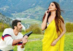 ADHM review: KJo moves from 'I love you' to 'I friend- India Tv