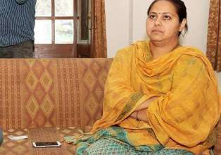 I-T summons Misa, her husband in Rs 8,000-cr money- India Tv