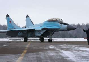 Russia keen to sell new fighter jet MiG-35 to India Air- India Tv
