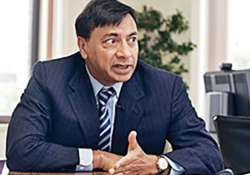 decision making is slow in india says l n mittal