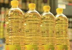 govt likely to raise import duty on refined edible oil to 10