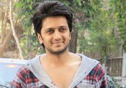 actor riteish completes a decade turns producer