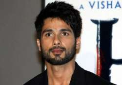 shahid kapoor overreacts on shaandaar failure quits next