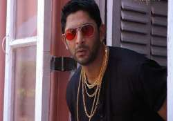 confirmed arshad warsi replaces kapil sharma in cnwk see
