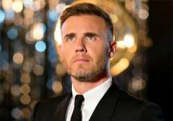 gary barlow offers to sing at fans weddings