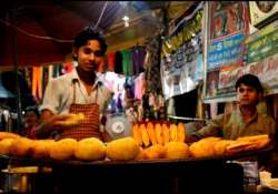 shocker delhi street food is shit laced reveals study
