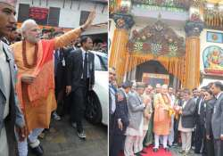 feeling extremely blessed says narendra modi after offering