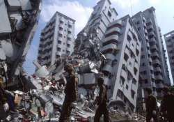 over 100 missing 18 dead as strong quake rattles taiwan