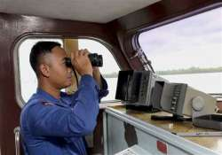 search area shifts slightly for crashed airasia plane