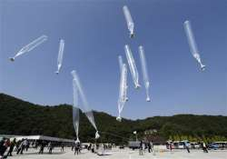 south korean activists vow to continue leafleting