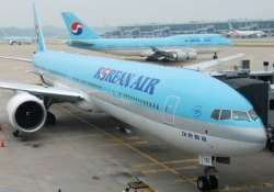 korean flight delayed by first class spat