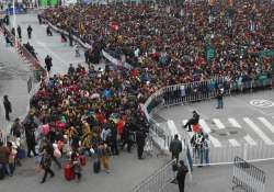 heavy snow strands over 50 000 people at china train station
