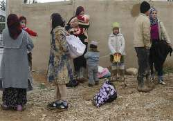 syrian unrest 792 900 refugees in lebanon