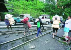 bandh relaxed for two days in darjeeling hills