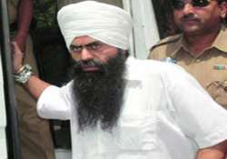 bhullar will not be executed till mercy plea is decided