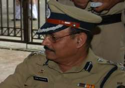 cops question rape accused dig for second time