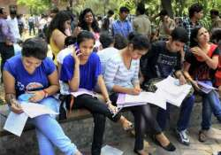 cbse bars students from wearing rings bracelets during test- India Tv