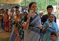 polling percentage dips in bengal by poll
