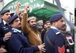 lakhvi will not give voice sample says his pak lawyer