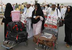 rupee plunge makes haj costlier by rs.20 000
