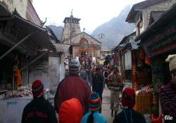 weather clears in uttarakhand pilgrims leave for char dham