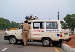 woman arrested for stealing toddler in delhi