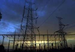 discoms would be fined for long power cuts says aap