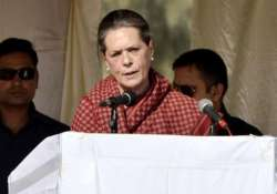 youth congress to play active role in party s revival sonia