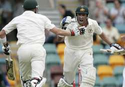hussey says quick wickets key on day two