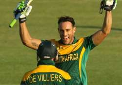 in form du plessis takes south africa to 271 6