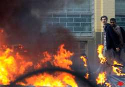 london riots india england cricketers told to stay at hotel