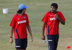 munaf doubtful as team india sweats out ahead of 1st test