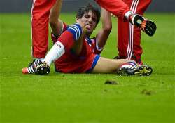 bayern munich s javi martinez tears ligaments out for months
