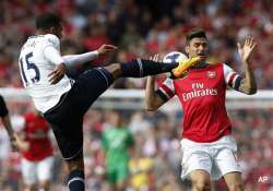 epl giroud gives arsenal 1 0 derby win over tottenham