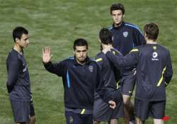 fans plead for riquelme to stay at boca