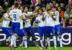 euro 2016 italy beats norway 2 0 in qualifier