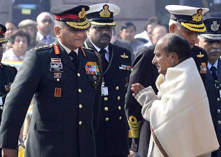 army chief gen singh says he told antony he was offered rs 14 crore bribe- India Tv
