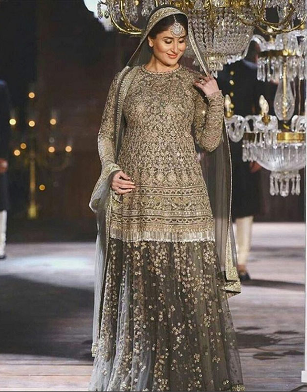 Kareena Kapoor Khan grabbed the limelight when she became the showstopper for ace designer Sabyasachi Mukherjee during the Lakme Fashion Week Winter/Festive 2016 finale. Dressed in a grey lehenga with golden work, she exuded regal charm on the ramp.