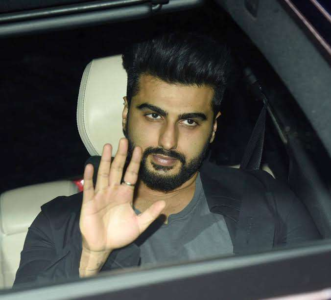 Actor Arjun Kapoor looked handsome in black. He definitely has the ability to make girls go week in knees. The actor is gearing up for the release for 'Half Girlfriend'.