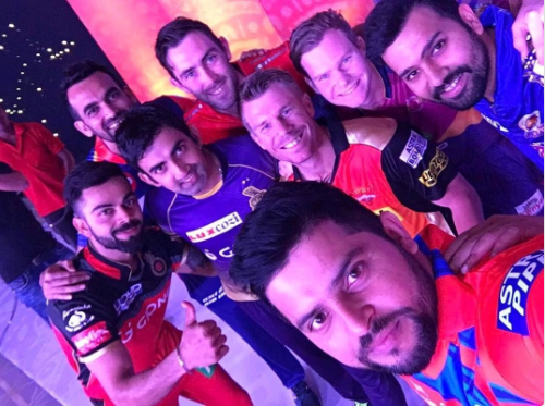 There were loud cheers when RCB captain Virat Kohli, who was not playing due to injury, led the team on to the field and presented a token of truce to SRH skipper David Warner. The players were also spotted taking selfie before the opening ceremony.