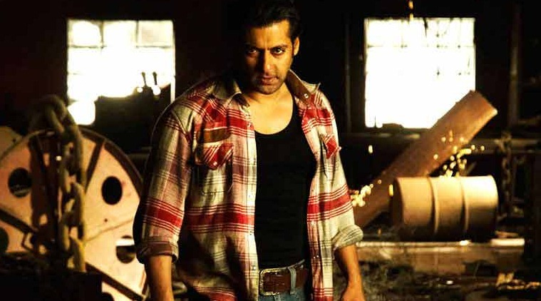 Superstar Salman Khan did some phenomenal moves when he starred in Prabhu Deva's directorial venture 'Wanted'. The actor worked hard to do justice with Prabhu's choreography. The song became popular and the film also did wonders at the box office.