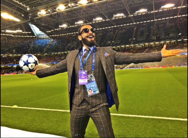 His love for football can be clearly seen in this picture. Ranveer indeed looks electrified about the match