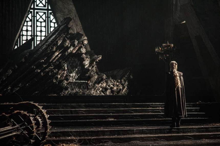 Daenerys approaching the throne at Dragonstone