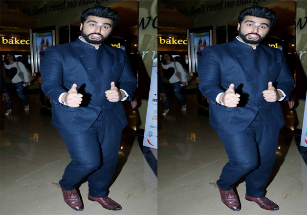 The screening turned out to be starry affair as many Bollywood celebs attended the event. Arjun Kapoor attended the special screening of Mubarakan donning black suit and the actor tried to cheer everyone present there with his comic acts. Interestingly, Anil will be seen sharing screen space with his uncle Anil Kapoor in Mubarakan for the first time.