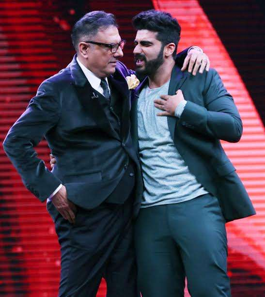 It is hard to match Arjun's energy level but Boman complimented him well. It is evident from the picture that both the stars share a great camaraderie.