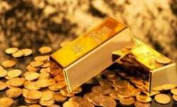 3 Pakistan nationals detained with gold